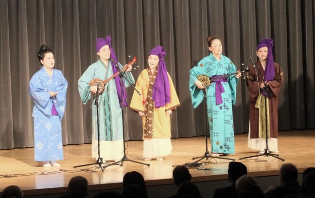 Sayoko, Junko, Sanae, Saki and Mayumi at Queens Library Recital, Flushing, NY, April 17, 2010. Photo by Jeremy Booth